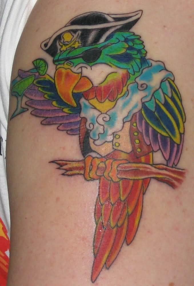 Tatuaje de loros piratas