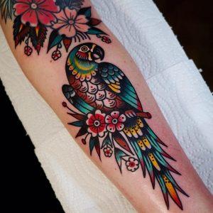 tatuajes de loros para mujeres, tatuajes de loro para mujer